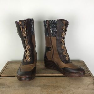 BIONICA brown leather zip up wedge boots sz 8